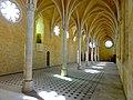 Soissons (02), abbaye Saint-Jean-des-Vignes, réfectoire, vue diagonale vers le sud-est.jpg
