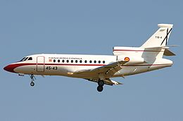 Spanish Air Force Dassault Falcon 900B.jpg