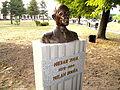 Spomenik milanu hodži-kulpin 01.JPG