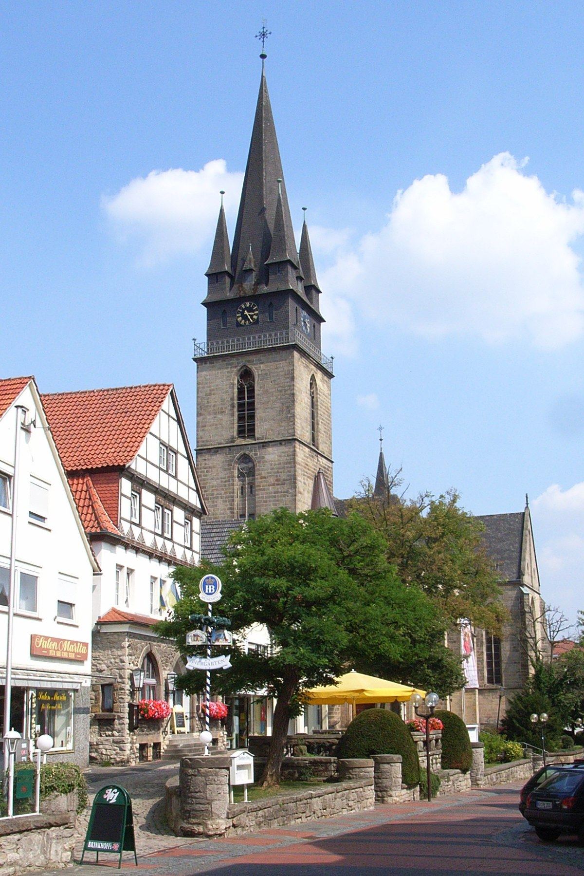 St. Peter und Paul (Bad Driburg) – Wikipedia