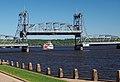 Stillwater Lift Bridge lowering.jpg