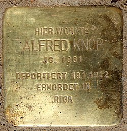 Photo of Alfred Knop brass plaque