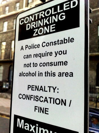 English: No Street Drinking allowed