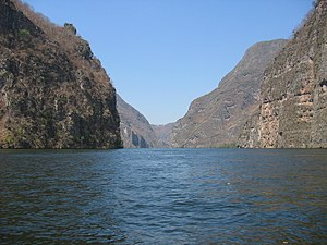 Grijalva River - The cliffs at Sumidero Canyon, overlook the Grijalva River.