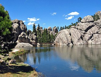Sylvan Lake (South Dakota) - Rock formations near lake