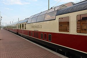Rheingold (train) - Preserved TEE Rheingold train set, including dome car, during a special excursion in 2007