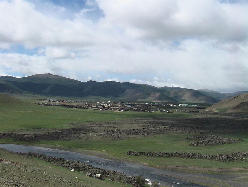794px-Tariat%2C_Arkhangai_province%2C_Mo