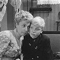 Televisiespel Dagboek van Amy , Annie de Lange als mevrouw Grey en Godert van , Bestanddeelnr 910-6970.jpg