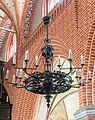 Teterow St. Peter und Paul Kronleuchter2.jpg