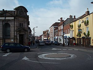 Newport Pagnell - Image: The High Street, Newport Pagnell geograph.org.uk 368877