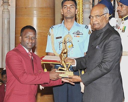 The President, Shri Ram Nath Kovind presenting the Arjuna Award, 2017 to Shri A. Amalraj for Table Tennis, at Rashtrapati Bhavan, in New Delhi on August 29, 2017
