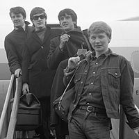 List of UK top-ten singles in 1963 - Wikipedia
