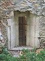 Thury Castle, NE part, basement window, 2017 Várpalota.jpg