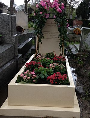 Nusch Éluard - Nusch Éluard's grave, Père-Lachaise