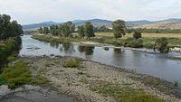 Topolnitsa-river.jpg