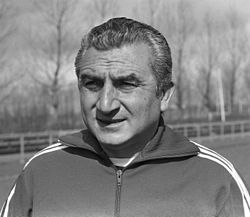 Training Real Madrid in Amsterdam, trainer Munoz (kop).jpg