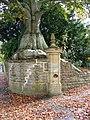Tree, Bradford Abbas - geograph.org.uk - 1566316.jpg
