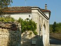 Troispalis gate1.JPG