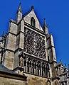 Troyes Cathédrale St. Pierre et Paul Südliches Querschiff 2.jpg