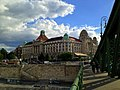 Two hours in Budapest - panoramio.jpg