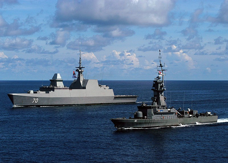 US Navy 100716-N-0995C-155 The Singapore navy guided-missile frigate RSS Steadfast (FFG 70) and the corvette RSS Vigilance (90) are underway during Cooperation Afloat Readiness and Training (CARAT) Singapore 2010.jpg