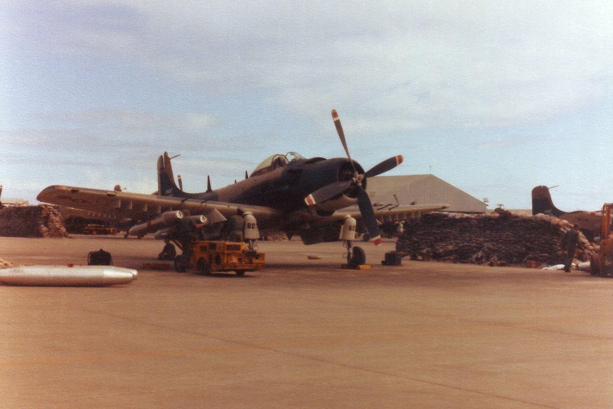 VNAF Skyraider at Da Nang 1967.jpg