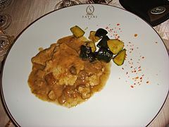 Veal scaloppine with porcini mushrooms and zucchini