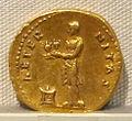 Vespasiano, aureo, 69-79 ca. 05.JPG