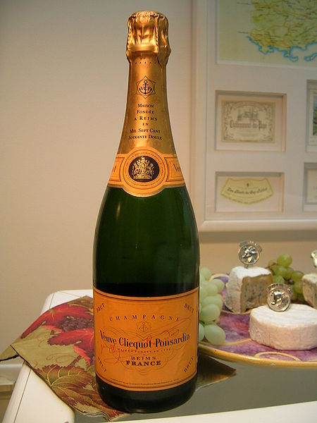 Bestand:Veuve Clicquot - bottle.jpg