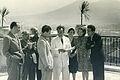 Viviani prova con la compagnia sul terrazzo di casa 1944.jpg