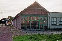 Voormalige locomotiefremise van de Dedemsvaartsche Stoomtramweg-Maatschappij (DSM) in Coevorden (23704878598).jpg