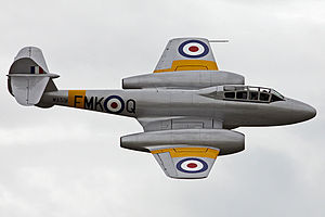Jet trainer - 1940s two-seat Gloster Meteor