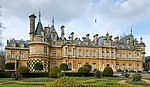 Waddesdon Manor south east 2016.jpg