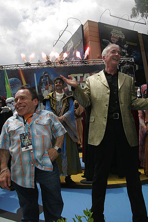 Anthony Daniels - Daniels with fellow Star Wars actor Warwick Davis in 2010