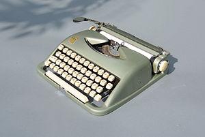 "Wilhelm Wagenfeld - Typewriter ""ABC"""