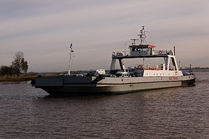 Wischhafen (Ship) 2011-by-RaBoe-13.jpg