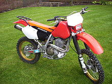 2000 XR400R With Custom Rack And Aftermarket Seat