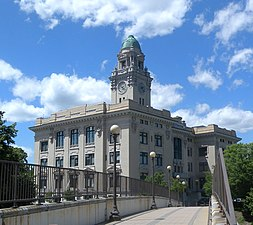 Yonkers City Hall south jeh.jpg