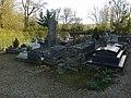 Yvelines Orcemont Eglise Saint-Eutrope Cimetiere - panoramio.jpg