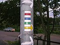 Závist, čtveřitá značka u nádraží Zbraslav.jpg