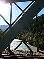 Zeller Eisenbahnbrücke, Blick auf den Ziller.jpg
