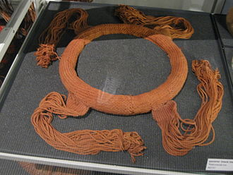 Gwa'sala-'Nakwaxda'xw Nations - A 'Nakwaxda'xw neck ring.