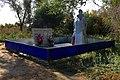 Мемориал павшим в Великой Отечественной войне в Новоуспеновке - panoramio.jpg