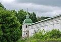 Новгород-Сіверський. Західна вежа монастиря.jpg