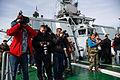 Работа иностранных журналистов на кораблях постоянной группировки ВМФ России в Средиземном море (2016-01) (6).jpg