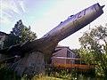 Третий памятник-самолёт в Талагах - panoramio.jpg