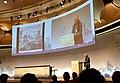 טרנר בהרצאה בקונגרס האירופי השני לערים אירופאיות ומורשתם, ברלין 2016.jpg