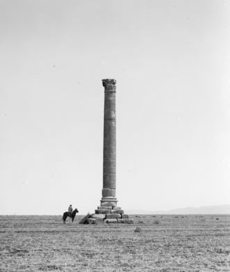 Iaat - A photograph of the column from the first quarter of the 20th century