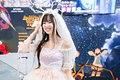 小姐姐莞尔一笑,我的心都百花齐放了,对了这个新娘子服装是小姐姐自己缝的 (4).jpg