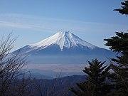 御正体山から望む富士山
